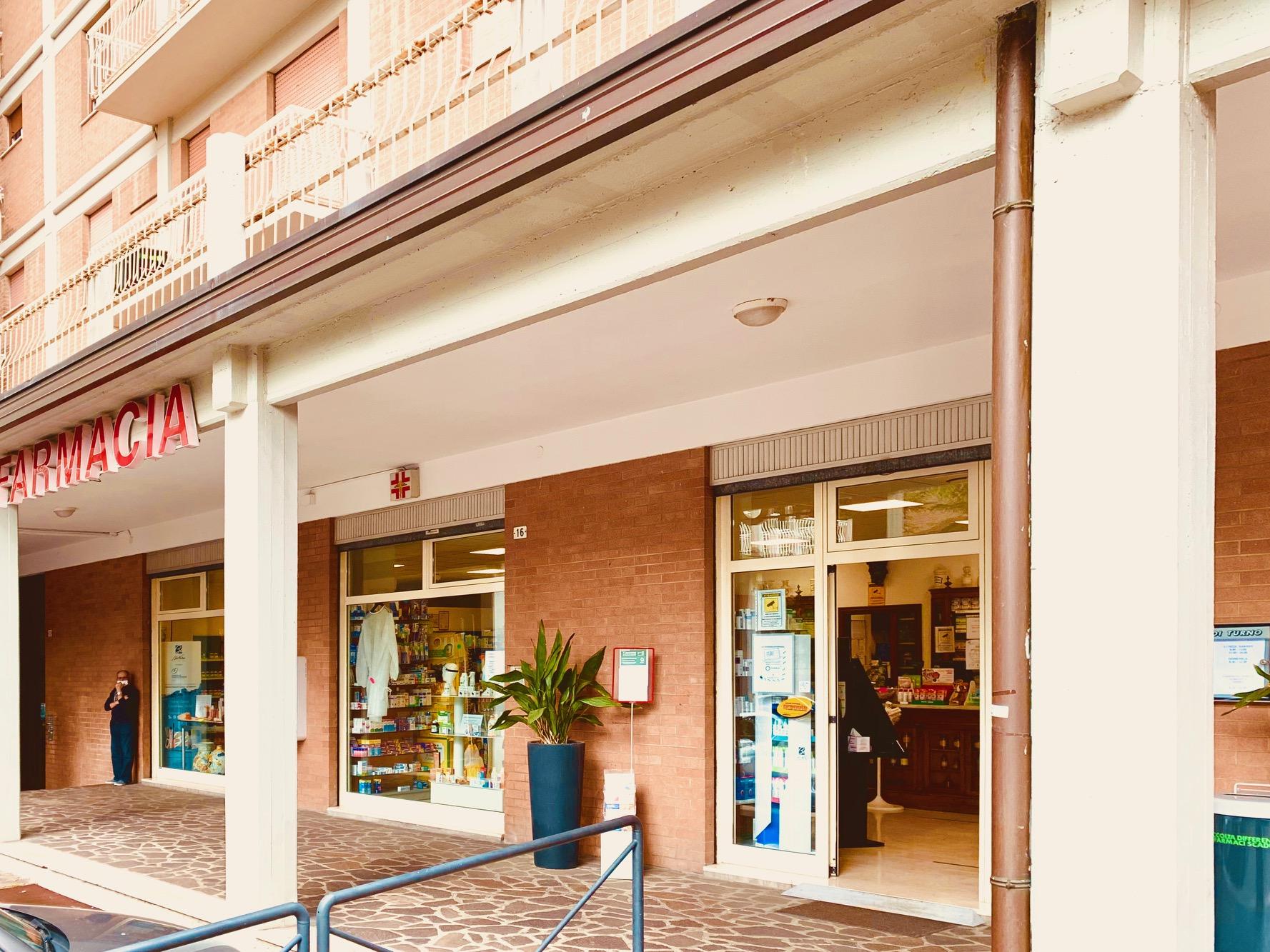 Farmacia Caselli - Shop Maranello